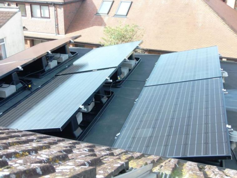 solar-panels-on-flat-roof.JPG