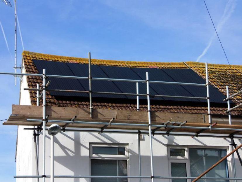 solar panels for an energy efficient home folkestone cantiaci. Black Bedroom Furniture Sets. Home Design Ideas